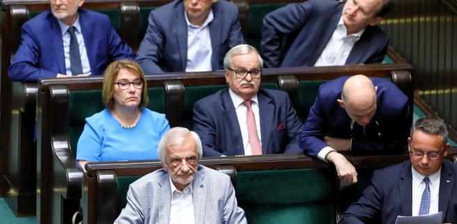 Obecnie pracę posłów pozytywnie ocenia ponad jedna czwarta Polaków