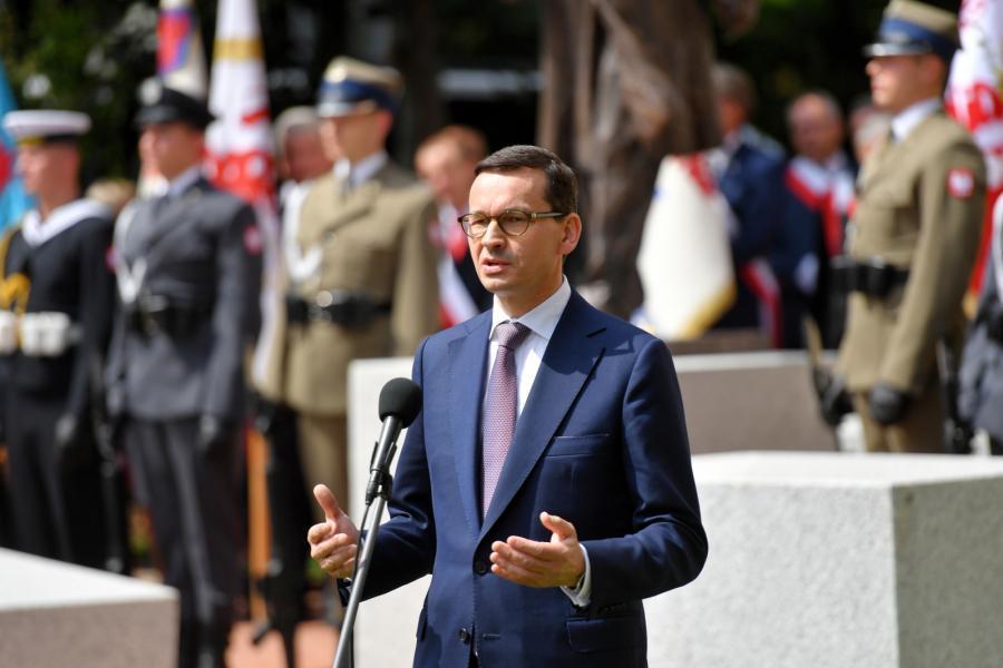 Premier Mateusz Morawiecki podczas uroczystości odsłonięcia pomnika Lecha Kaczyńskiego '