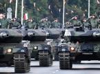 Wielka Defilada Niepodległości na Wislostradzie - przejazd pojazdów wojskowych.