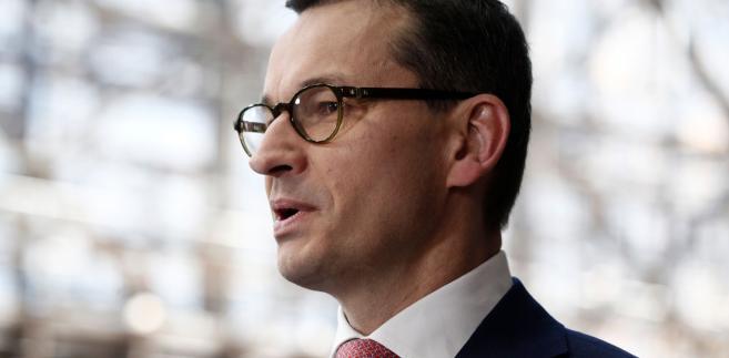 Kwestii praworządności nie da się obejść w relacjach ze światem. Możliwe, że na końcu polski rząd czeka upokarzająca rejterada, jak w przypadku ustawy o IPN.