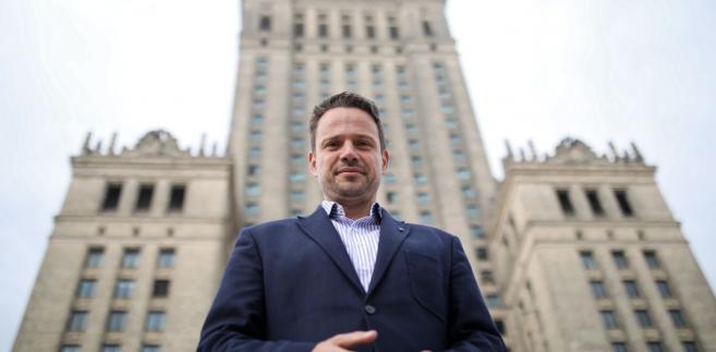 """Kandydat na prezydenta stolicy podkreślił, że w czasie rządów Gronkiewicz-Waltz """"Warszawa zmieniła się nie do poznania, pozytywnie, na plus."""""""