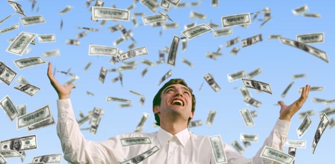 Największe pieniądze odchodzący prezesi otrzymują w PKN Orlen.