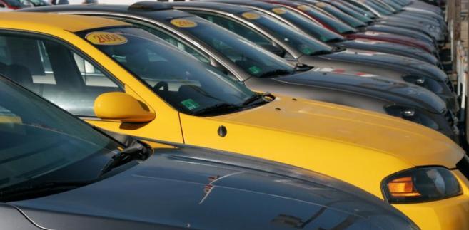 W samych Czechach dealer ma 18 oddziałów, sprzedaje około 150 aut dziennie.