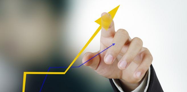 Ekonomiści wyraźnie obniżyli oczekiwania dotyczące tempa wzrostu produktu krajowego brutto w najbliższych kwartałach.